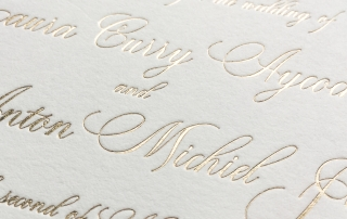 Little Fox Paperie provides three different wedding invitation printing methods. Foil printing or foil stamping is a luxurious print method that leaves a metallic foil impression in the paper.